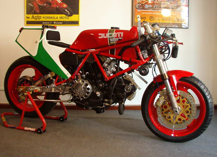 Radical Ducati S.L.: TT1 replica by Radical Ducati (2001)